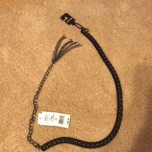 Chain belt with hook and metal tassel
